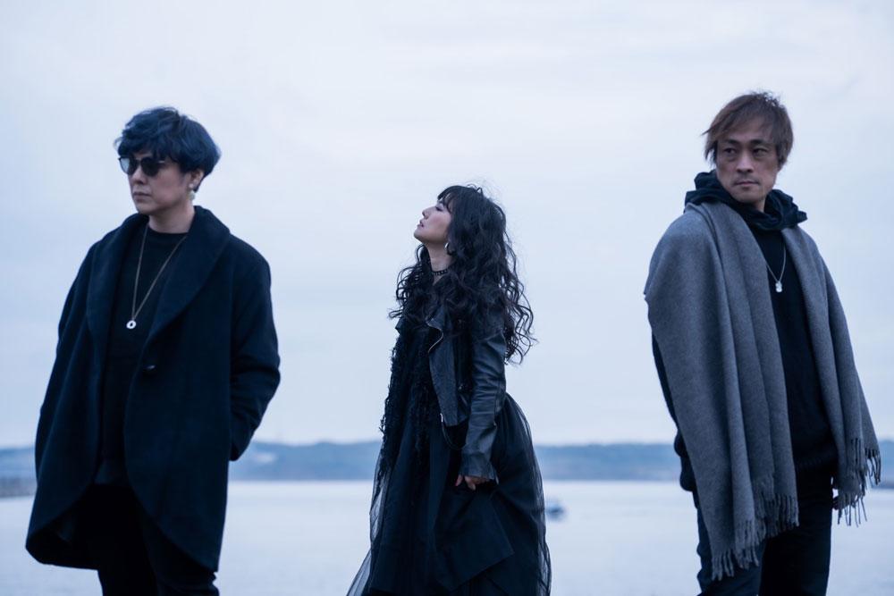 「島谷ひとみ」、今年の締めくくりとなるコンサートの場で、新バンドmiscellaneous(ミセレイニアス)を始動!!