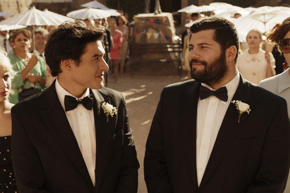 ロマンティックコメディ『天空の結婚式』がいよいよ公開。息子が連れてきた男の婚約者を巡るイタリア家族の大騒動