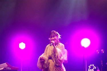 「武藤彩未」、自身の誕生日ライブでドラム&新曲「今夜のキスで忘れてほしいの」を初披露!
